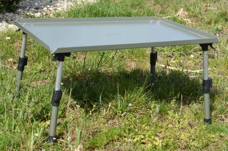 Rybársky stolík Invader table EXL 60cm x 40cm