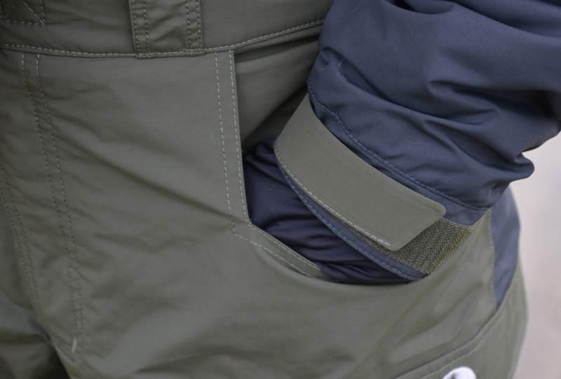 4cdd819a8b62 2. Dve predné dostatočne veľké vrecká s prepracovaným sklonom aj na  zohriatie rúk