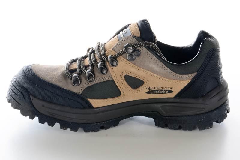 Turistická obuv Graninge NASTI - veľkosť 38  7091bbab172