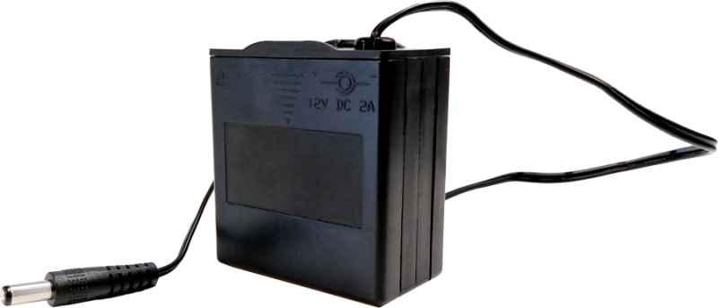 Držiak na 8xAA/12V batérie s napájacím konektorom