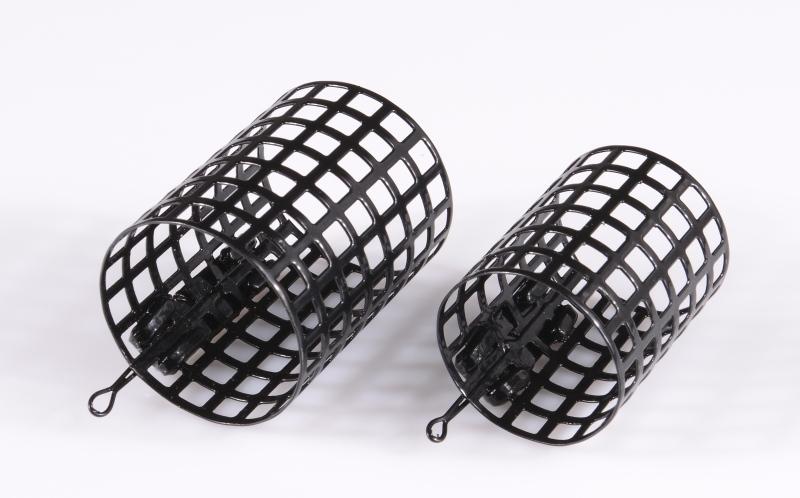 Feeder krmítko Strong okruhlé - čierne váha 40g (dĺžka 5,0 x pr.4,0mm)