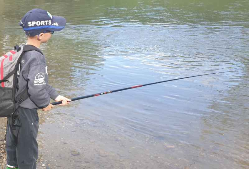 Rybársky bič SPORTS FISH - XPRO 3m + Nadväzec